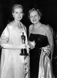 princessgracekelly1956: Grace Kelly and her mother, Margaret, at the Academy Awards, March 30, 1955