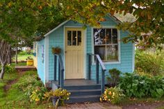 Cottage - Victoria, PEI >>ms. whipp