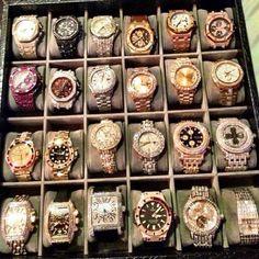 Floyd Mayweather million dollar collection of watches. Floyd Mayweather, Luxe Life, Luxury Watches For Men, Luxury Jewelry, Rolex Watches, Bracelet Watch, Jewelery, Jewelry Accessories, Oakley Sunglasses