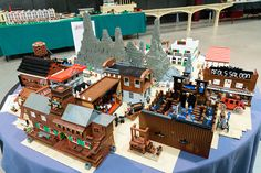 GWLS 2013 - The Tables   Flickr - Photo Sharing! Old West Town, Blue Moose, Lego 4, Great Western, Lego Models, Exhibition Space, Wild West, Brick, Two By Two
