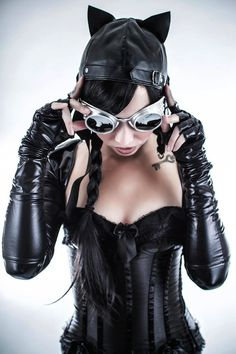Great Steampunk Catwoman Cosplay