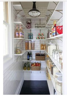 Farmhouse Kitchen Pantry Inspiration- The Best Farmhouse Pantry Inspiration – A huge collection of beautifully organized farmhouse pantries that are classic yet completely on-trend with modern farmhouse touches. Kitchen Pantry Design, Kitchen Organization, New Kitchen, Kitchen Decor, Organization Ideas, Closet Organization, Organizing, Stylish Kitchen, Small Kitchen Pantry