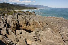 West Coast – Der wilde Westen Neuseelands Strand, West Coast, Cherry Blossom, Mount Rushmore, Mountains, Water, Travel, Outdoor, Dress Shirt