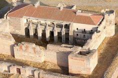 El Palacio de Castronuevo o Castillo de Rivilla de Barajas es un castillo fortaleza situada en Rivilla de Barajas, Ávila, en la comunidad autónoma de Castilla y León (España). Construido por Gil de Vivero antes de 1481, y posteriormente remodelado por su hijo antes de su venta en 1489 al duque de Alba.