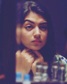 Indian Actress Photos, South Indian Actress, Cute Girl Photo, Girl Photo Poses, Simple Frock Design, Hd Photos, Girl Photos, Cute Friendship Quotes, Instagram Smiles