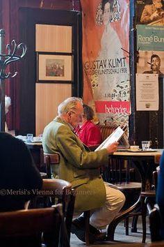 Cafe Hawelka © Merisi Vienna @ http://www.viennaforbeginners.com