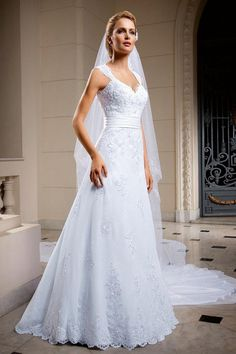2014 New Arrival A-line Church Wedding Dresses Backless Tulle Gown Wedding Dress