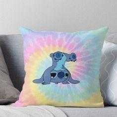 Lilo And Stitch Quotes, Lilo E Stitch, Cute Stitch, Lilo And Stitch Blanket, Stitch Toy, Disney Stitch, Cute Room Ideas, Cute Room Decor, Disney Throw Pillows
