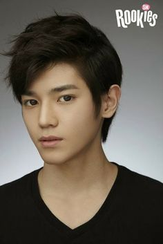 SMRookies release more photos of Taeyong, noticeable strong resemblance to other artists -