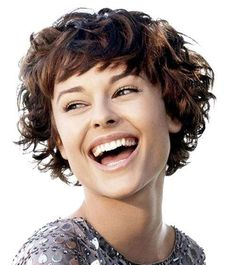 Pixie Hairstyles with Cute CurlsPixie Hairstyles with Cute Curls wavy pixie cuts