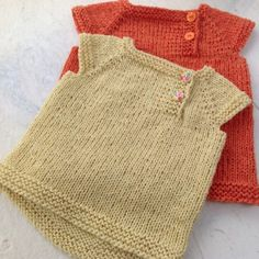 Knitting For Kids, Baby Knitting Patterns, Crochet Baby, Knit Crochet, Baby Vest, Baby Sweaters, Baby Sewing, Little Ones, Kids Fashion