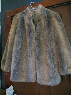 1980S  Womens  fuzzy  FAUX FUR multi  by Linsvintageboutique
