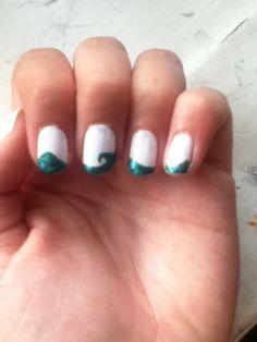 How to Make Cute White, Sea Colored Nail