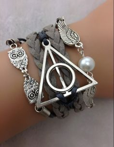 5 Piece Harry Potter Bracelet set from sotrendee.com.�
