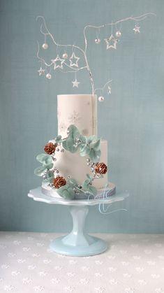 Pretty Cakes, Beautiful Cakes, Amazing Cakes, Wedding Cake Designs, Wedding Cakes, Winter Torte, Winter Cakes, Holiday Cakes, Christmas Cakes