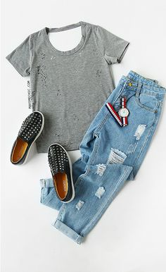 Online shopping for Short Sleeve Distressed Backless T-shirt GRAY from a great selection of women's fashion clothing & more at MakeMeChic. Outfits With Hats, Casual Outfits, Cute Outfits, Sneakers Fashion, Women's Sneakers, Hipster Fashion, Womens Fashion, Fashion Trends, Fashion Fashion