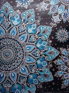 No photo description available. Mandala Design, Mandala Art, Mandala Drawing, Mandala Painting, Islamic Art Pattern, Pattern Art, Dot Art Painting, Sharpie Art, Fractal Art