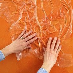 Crinkle Painting Technique This speedy-to-apply finish involves mixing paint with glaze, applying it over a base coat with a roller, and then pressing, bunching, and partially removing the mixture with sheets of plastic.