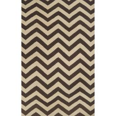 The Frontier Aveiro Accent Rug from Surya features a flat-weave, reversible design with a classic chevron pattern in neutral tones to complement any motif. This indoor floor covering is handcrafted of wool for added texture and lasting durability. Chevron Area Rugs, Brown Rug, Dark Brown, Cream Area Rug, Black Rug, Rectangular Rugs, Modern Area Rugs, Carpet Stains, Wool Area Rugs