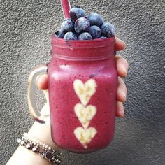 I did it!! Hehe yay and good morning! I refuse to let this job completely change my life so I'm slowly trying to fit little things back into my routine! Finally managed to make a smoothie (and a pretty one for that matter) for my breakfast today hehe also for everyone who might be wondering - the hearts are hand cut bananas  XO #cleaneating #healthyfood #healthyeating #veganfood #vegangirl #veganfoodshare #rawfood #rawfoodshare #superfoods #supersmoothie #fitfam #fitspiration #eatclea...