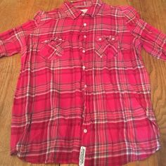 Aeropostale plaid shirt. Worn a few times. Pink really isn't my color. Excellent condition. Aeropostale Tops Button Down Shirts