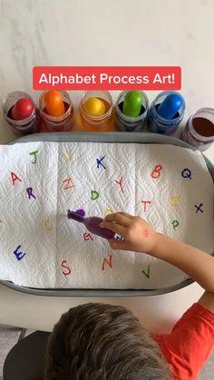 Play School Activities, Nursery Activities, Creative Activities For Kids, Preschool Learning Activities, Montessori Activities, Summer Activities For Kids, Infant Activities, Preschool Painting, Preschool Colors