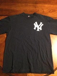 0b60d18de43 Black Majestic MLB New York Yankees T-Shirt in Size L Yankees T Shirt,