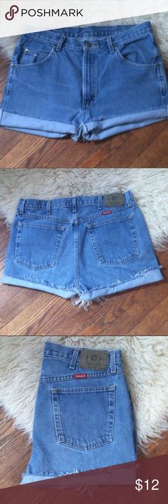 Wrangler denim Jean shorts Size 14 •Excellent used condition •Originally men's jean size 34x30 that have been customized into high waist cutoff shorts •Light wash •Brand: Wrangler •Size: Women's 14 •NO TRADES Wrangler Shorts Jean Shorts