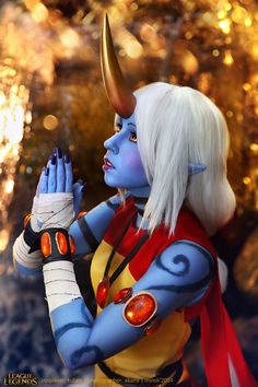 Best freaking Soraka cosplay I have ever seen! #soraka #leagueoflegends #cosplay