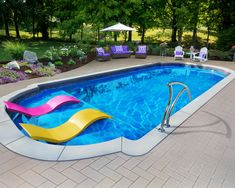Considering an inground fiberglass swimming pool and wondering how much fiberglass pools cost? In this article, we tell you the real cost of a fiberglass pool and list the different fiberglass pool prices and options. Small Inground Pool, Small Swimming Pools, Small Backyard Pools, Backyard Pool Designs, Swimming Pools Backyard, Swimming Pool Designs, Lap Pools, Indoor Pools, Small Pools