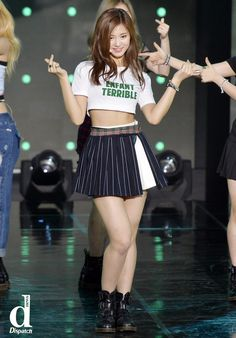 twice tzuyu body Sexy Asian Girls, Beautiful Asian Girls, Hot Girls, Most Beautiful, Beautiful Women, Pretty Girls, Tzuyu Body, Hair Flip, Stage Outfits