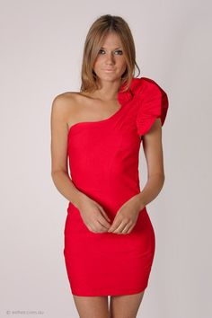 uno shoulder ruffle cocktail dress - red