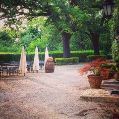Buona serata a voi! Qui ammiriamo il tramonto.. #villaselva #countryhouse #countrylife #ristorante #umbria #umbrialovers #umbriaturism #grutti #santerenziano #gualdocattaneo #todi #bevagna #montefalco #food #foodlovers #organicfood #healthyfood #foodandwine #wine #winelovers !!
