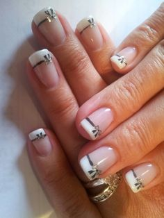 french with bows nails