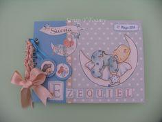 Un Libro de Firmas con la colección de bebé de Dayka Trade