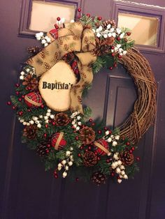 Rustic, customized, woodsy, grapevine wreath, plaque