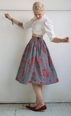 RESERVED // 1950s Skirt // Blooming Stripes // door dethrosevintage