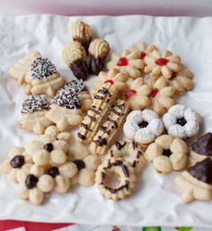 Galletas Finas Tea Cookies, Yummy Cookies, Yummy Treats, Delicious Desserts, Chocolates, Chilean Recipes, Chilean Food, Plum Cake, English Food