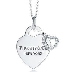 Tiffany Co Hearts Double Pendant.One day I'll get my blue Tiffany box. Tiffany Necklace, Tiffany Jewelry, Tiffany And Co Outlet, Double Heart Necklace, Fashion Accessories, Fashion Jewelry, Diamond Are A Girls Best Friend, Luxury Jewelry, Jewelry Stores