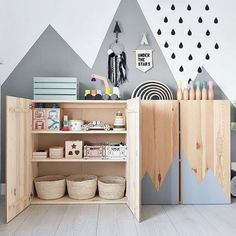 New Free of Charge Mommo design: 10 ways to use IKEA IVAR in kids & # ZI . Style An Ikea children's room continues to fascinate the children, since they are offered a lot more th Ivar Ikea Hack, Ikea Hacks, Ikea Trofast, Baby Room Design, Baby Room Decor, Room Baby, Ikea Baby Room, Nursery Design, Baby Zimmer Ikea