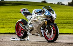 #birmingham 2017 Norton V4 RR released - return of the TT racer Synonymous with racing, especially time trial (TT) racing, is legendary English motorcycle manufacturer Norton, which signalled its comeback with the 2017 Norton V4 RR. http://paultan.org/2016/11/21/2017-norton-v4-rr-released-the-return-of-the-tt-racer/