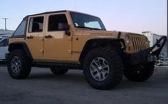 2013 Jeep Wrangler Dune JKU Rubicon by strizzychris http://www.4x4builds.net/2013-jeep-wrangler-dune-jku-rubicon-build-by-strizzychris