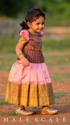 Baby Frocks Designs, Kids Frocks Design, Kids Dress Wear, Little Girl Dresses, Simple Dress For Girl, Kids Dress Collection, Kids Ethnic Wear, Kids Party Wear, Kids Blouse Designs