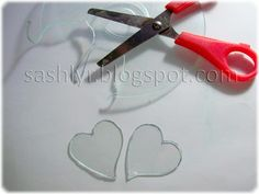 Sashlyr: Art and decoration: Tutorial: How to recycle CDs Cd Crafts, Creative Crafts, Diy And Crafts, Recycled Cds, Recycled Crafts, Crafty Projects, Diy Projects To Try, Old Cds, Cd Art