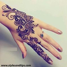 This article is also about Latest Hand Mehndi Designs 2018 for Girls and here you will find some of Latest Mehndi Designs 2018 that will make your heart. Traditional Mehndi Designs, Indian Henna Designs, Mehndi Designs 2018, Mehndi Designs For Girls, Henna Tattoo Designs, Mehndi Desgin, Henna Patterns Hand, Mehndi Design Pictures, Beautiful Mehndi Design