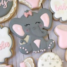 Loved getting to make these cookies and cake for a special birthday! Floral plaque & cake cutter by… Elephant Cake Pops, Elephant Cookies, Elephant Theme, Baby Cookies, Baby Shower Cookies, Cute Cookies, Sugar Cookies, Baby Girl Elephant, Baby Girl Cakes