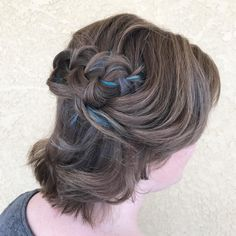 DIY Date Night Hairstyles - 27 Easy DIY Date Night Hairstyles Easy DIY Date Night Hairstyles - 27 Easy DIY Date Night Hairstyles - Bald verblassen harter Teil und separater Bart, 👨🏫👨🏻🏭👨💻Celebration for Lovely Man? Half Updo Hairstyles, Night Hairstyles, Step By Step Hairstyles, Hairstyles Haircuts, Style Hairstyle, Bohemian Chic Fashion, Boho Chic, Date Night Hair, Tattoo Diy