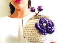 Un preferito personale dal mio negozio Etsy https://www.etsy.com/it/listing/265058150/coin-purse-purple-lavender-crochet-coin