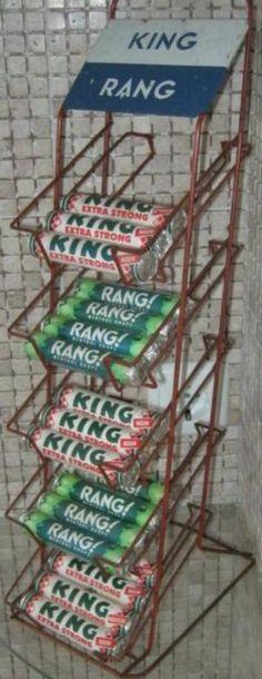 KING / RANG - toonbankrekje - Tonnema Sneek - KING: Kwaliteit In Niets Geëvenaard - pepermunt sinds 1922 - Rang vruchtenzuurtje sinds 1949 - bekend van de slagzin uit 1956: Rang is alleen Rang als er Rang op staat.