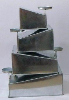 EURO TINS molde Topsy Turvy Cuadrado para tarta de boda de 4 pisos - juego de 4 Euro Tins http://www.amazon.es/dp/B00EPLMR7E/ref=cm_sw_r_pi_dp_L.ujub1Z325Q0